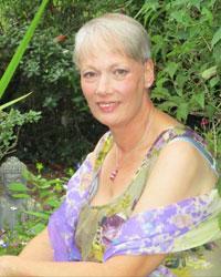 Tarot Reader Elaine
